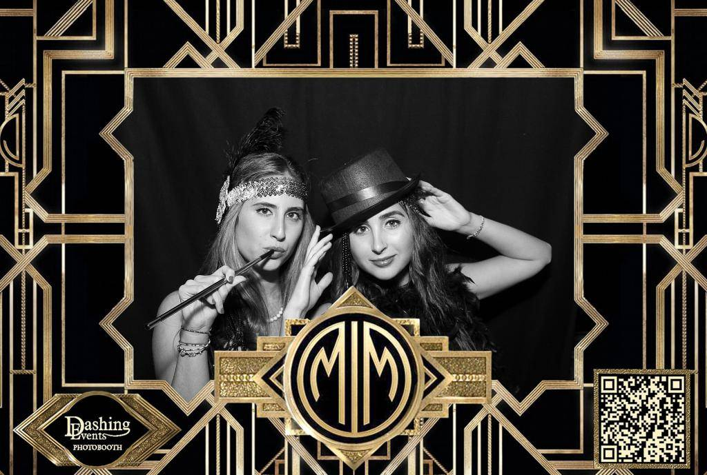 Gatsby themed photo booth