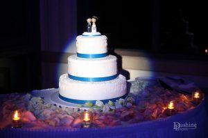 cake pinspot lighting